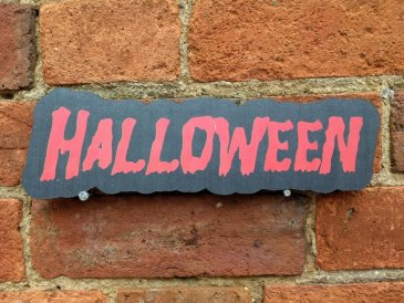 Halloween photo booth prop sign